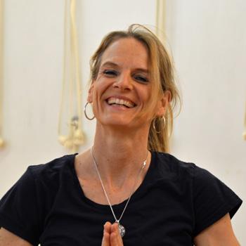 Andrea Mehnert-Lange Iyenager Yoga Lehrerin